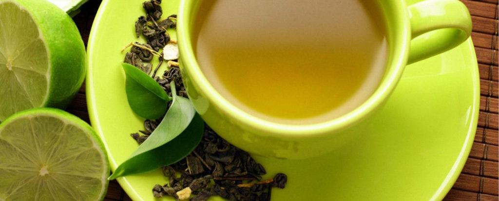 Alimenti amari - Infuso e foglie di tè verde