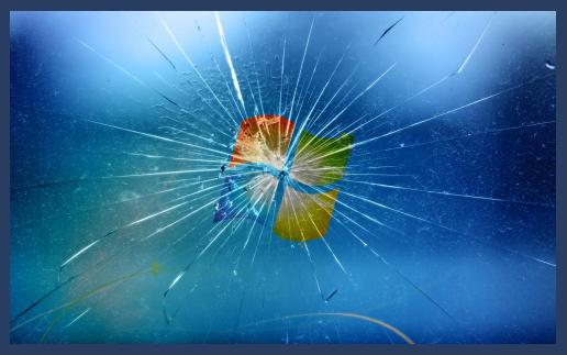 immagine schermo rotto scherzi