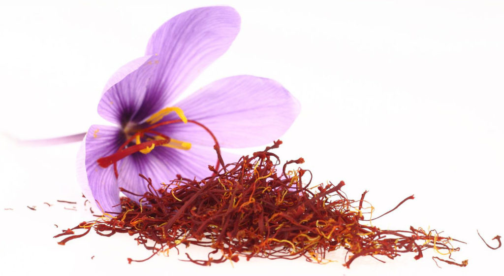 zafferano - fiori e stigmi essiccati