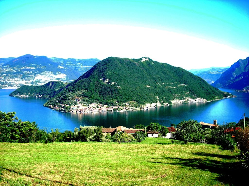 Montisola panoramica
