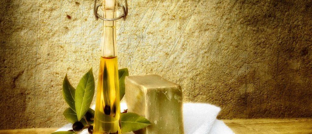 Sapone di Aleppo con olio di oliva e alloro