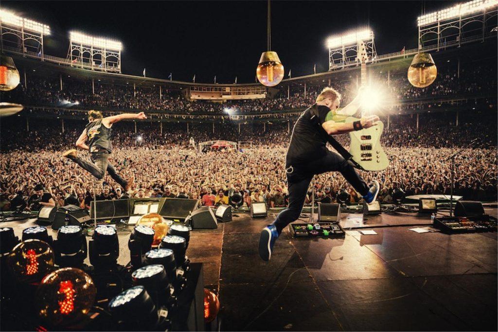 9 canzoni per gli occhi - ©Danny Glinch, Pearl Jam, Wrigley Field, Chicago, IL, 2013