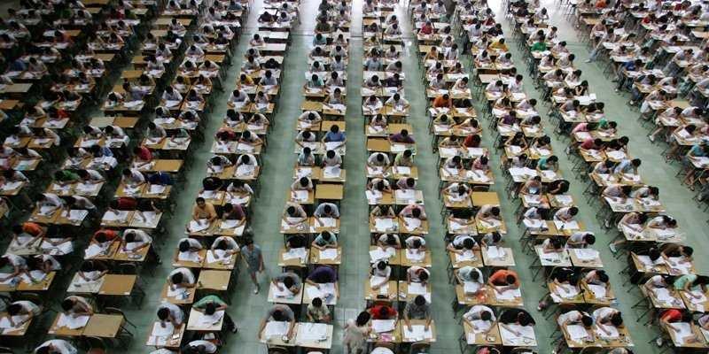 Esame di Stato di inglese in una scuola cinese.