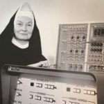 Suor Mary Kenneth Keller: casa, chiesa e informatica