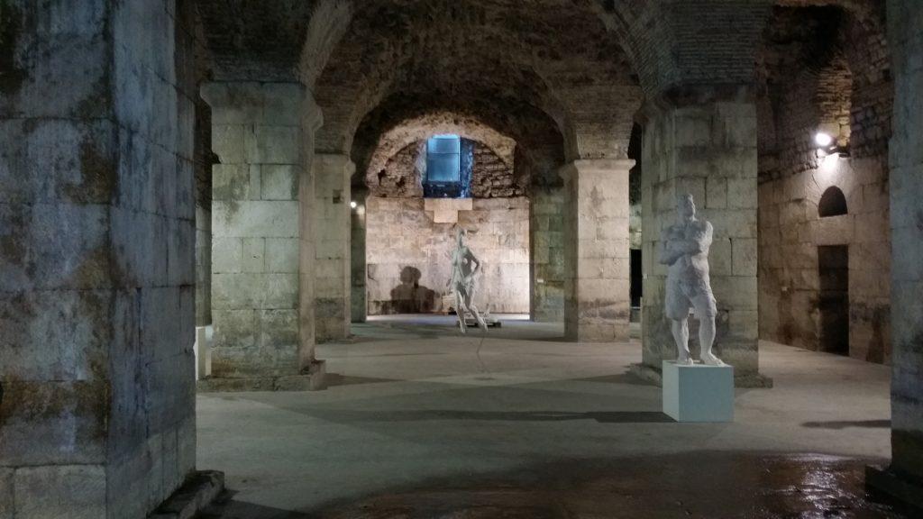 Baia degli Schiavisti: cripta del Palazzo Diocleziano
