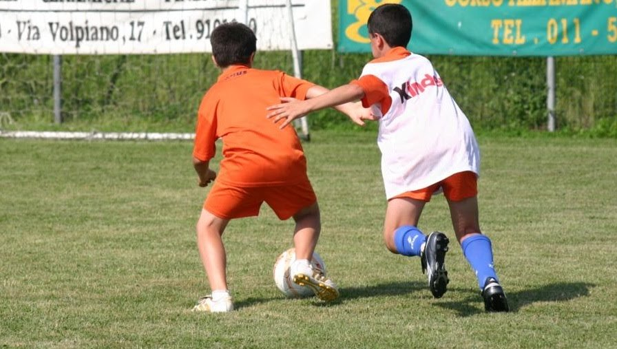 Calcio giovanile copertina
