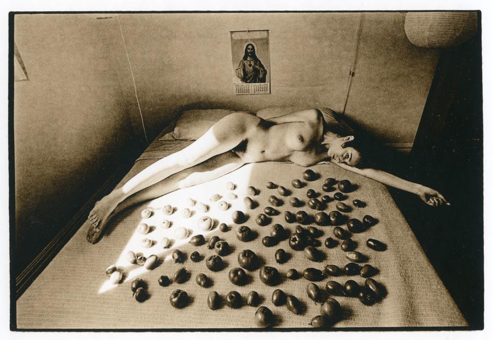 Criminale - ©Les Krims, Ripening Tomatoes & Nude, 1969.