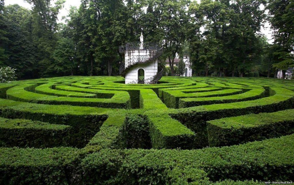 Labirinto di Villa Pisani