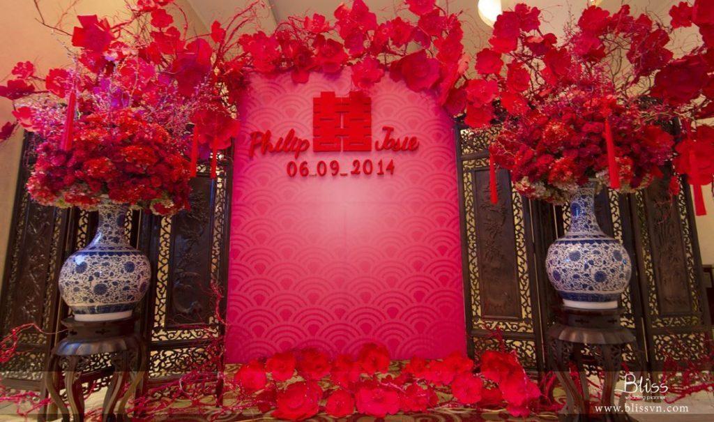 fiori rossi in un matrimonio cinese
