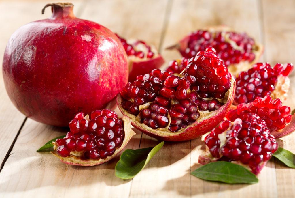 Melograno. frutto e semi