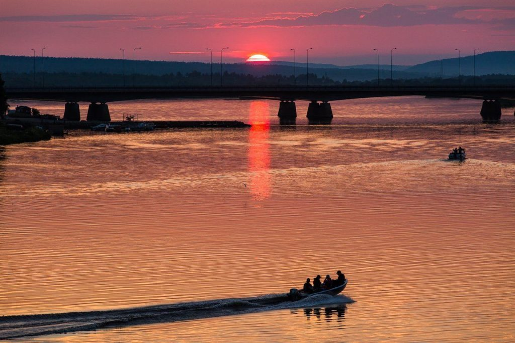 Finlandia - Ounasjoki river in Rovaniemi