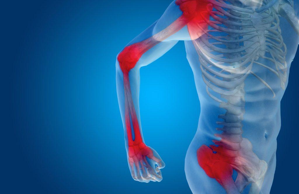 Dolore - uomo con dolori alle articolazioni