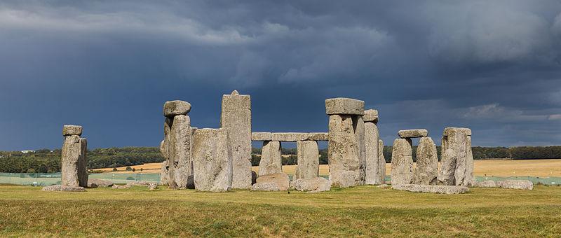"""ALT=""""stonehenge"""""""