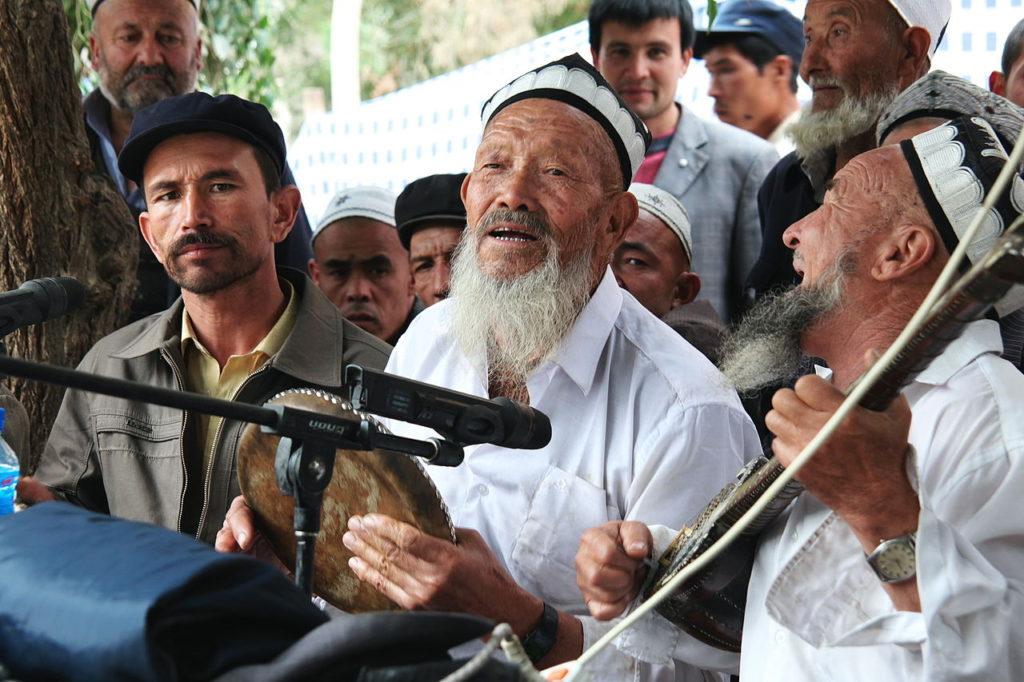 Gruppi etnici cinesi - Musicisti di etnia Uiguri