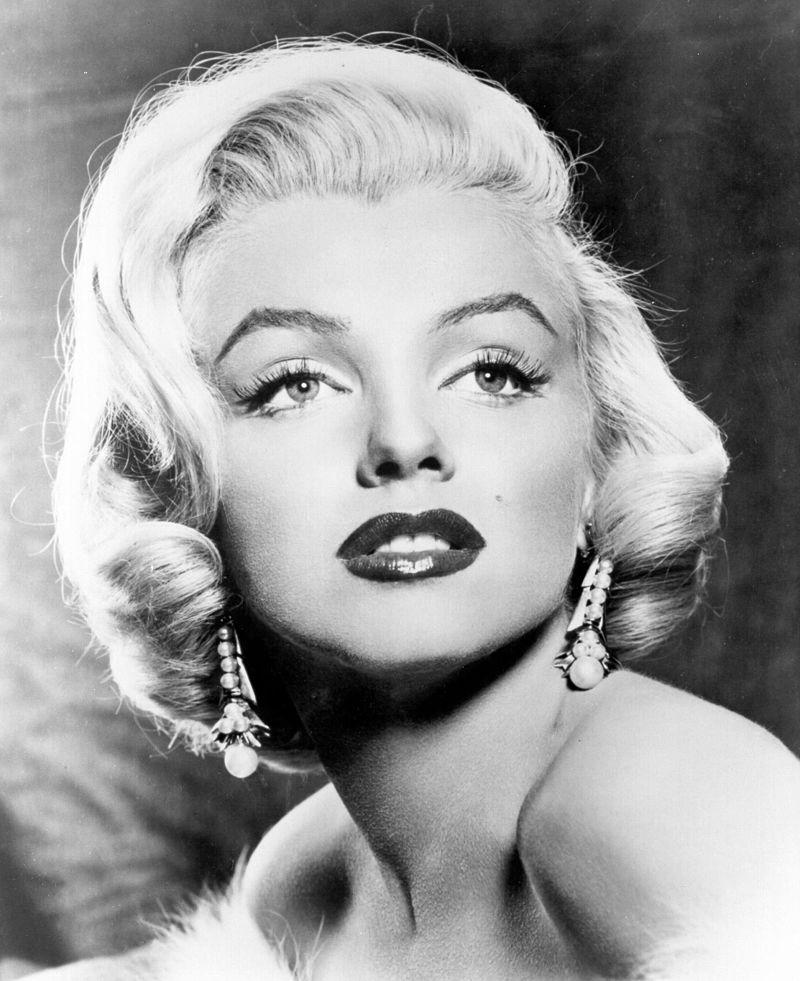 """Marilyn Monroe in """"Gli uomini preferiscono le bionde"""""""
