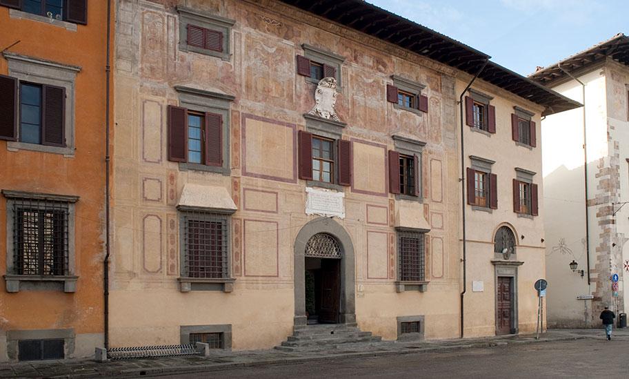 Palazzo del Collegio Puteano e Chiesa di San Rocco