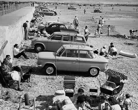 Storia delle vacanze - Cagliari: posteggio in spiaggia