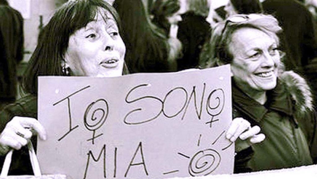 Diritti delle donne: manifestazione femminista fine anni 60