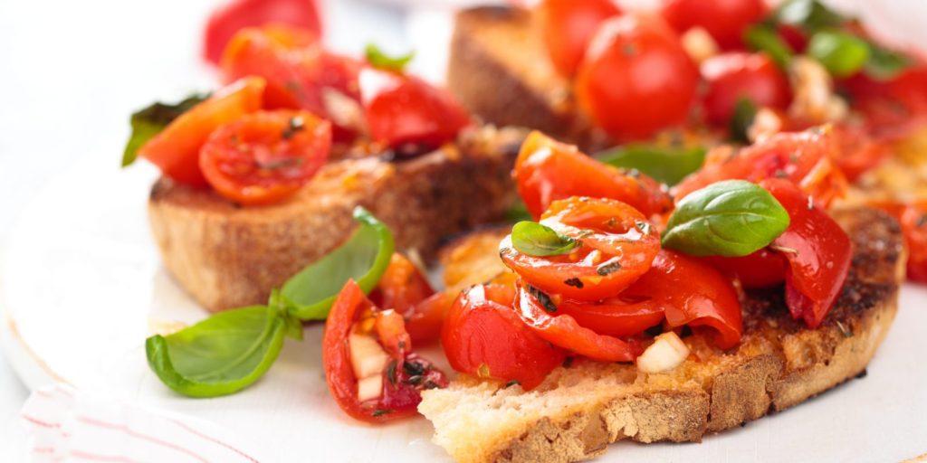 bruschette aglio e pomodori