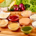 Salse estive: ricette per rendere speciali i nostri piatti