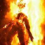 Il fantoccio di Norfieddu brucia!