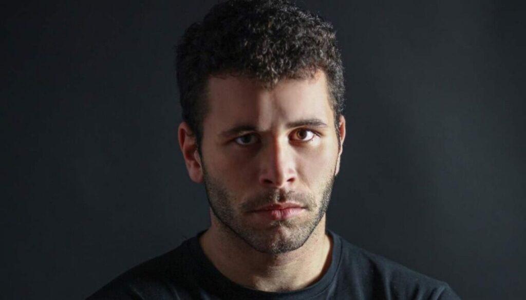 "Gabriel Montesi è Antonio Cassano in ""Speravo de morì prima""."