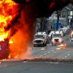 Le proteste incendiano l'Irlanda del Nord