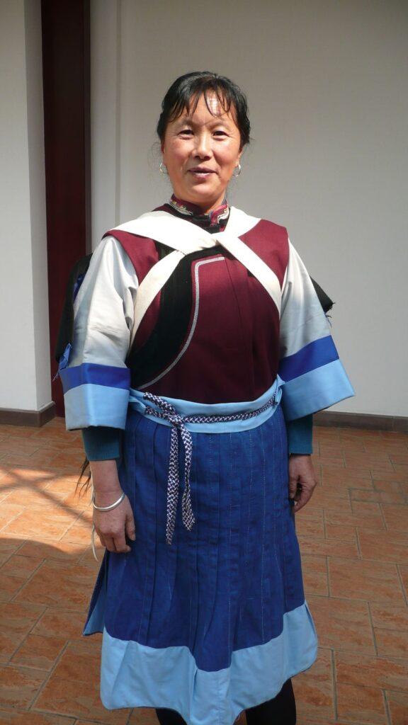 Abito Naxi tradizionale